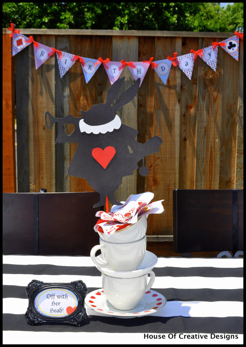 Alice in Wonderland party teacups centerpiece