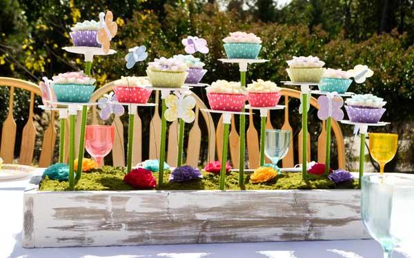 alice-in-wonderland-tea-party-cupcakes