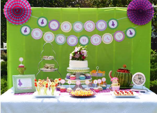 alice-in-wonderland-tea-party